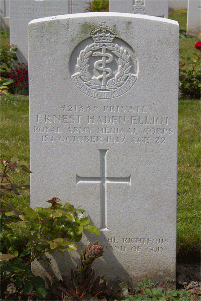 Ernest Haden Elliot headstone at Dozinghem Military Cemetery