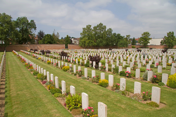 Faubourg D'Amiens cemetery in Arras