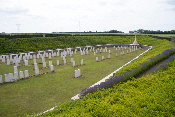 Quarry cemetery at Loos